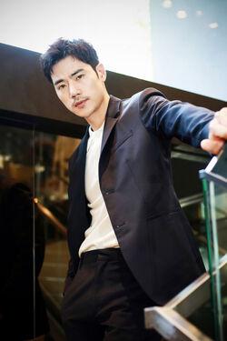 Kim Kang Woo70