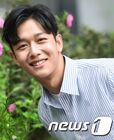 Yoon Yong Jun2