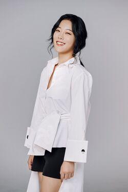 Jung Sung Hee01