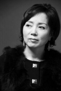 Kim Min Kyung 1960 01