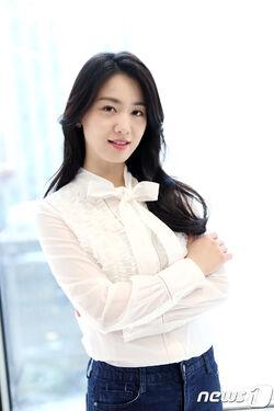 Ryu Hyo Young49