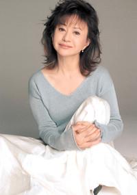 Mariko-kaga-thumb