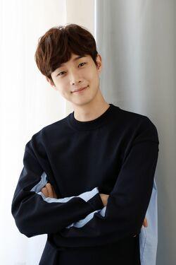 Choi Woo Shik34