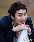 Lee Kwang Soo17