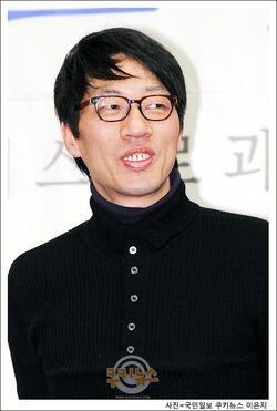 Kim Yong Soo03