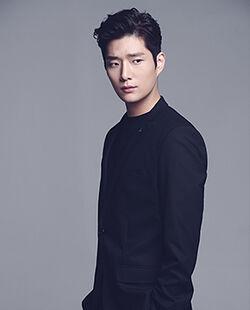 Woo Hyuk18