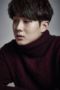 Choi Woo Shik25