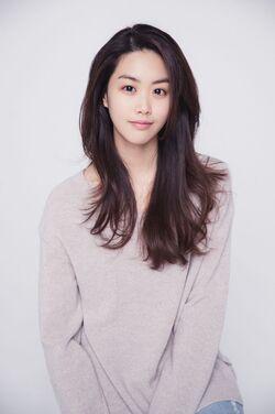 Kim Eun Hye1