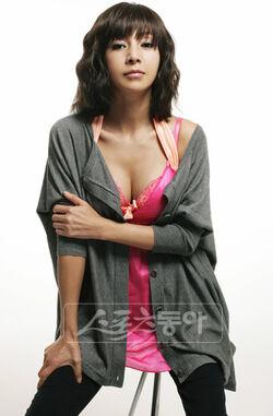 2009092920090929hwang shin hye