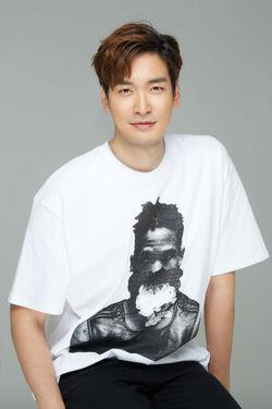 Jung Gyu Woon28