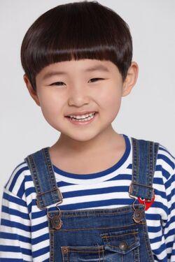 Kim Ji Hoon 2013 1