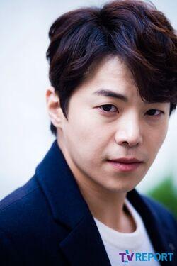 Park Eun Suk13