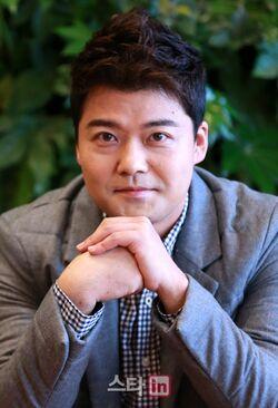 Jun Hyun Moo10