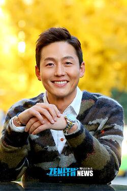 Lee Jung Jin43