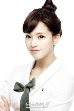 Lee Shin Ae10