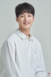 Ji Gun Woo
