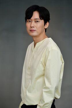 Park Byung Eun24
