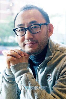 Yoon Sung Shik000