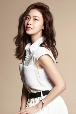 Hong Soo Hyun25