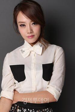 Lee Hee JungE2REP