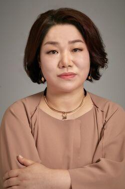 Kim Mi Hwa3