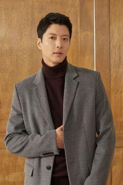 Lee Dong Gun12