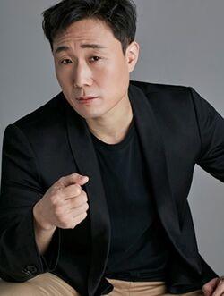 Shin Moon Sung3
