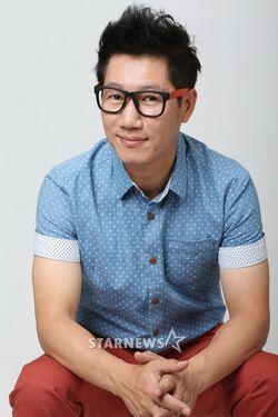 Ji Suk Jin8