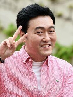 Lee Joon Hyuk 1972 14
