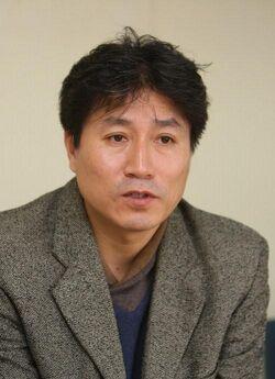 Kwon Chul000