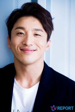 Dong Hyun Bae15