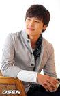 Yun Woo Jin8
