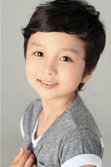 Lee Do Hyun (2005)