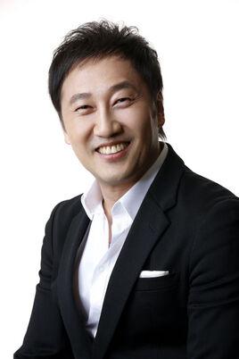 Yoo Yeol000
