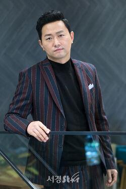 Kim Yoo Suk4