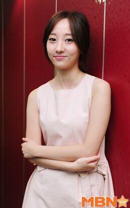 Park Joo Hee001