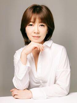 Kim Seo Ra8
