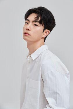 Lee Ho Yeon 1991 2