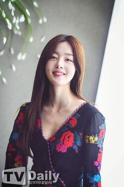 Han Sun Hwa33
