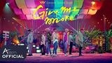 VAV - Give me more (Un Poco Mas) (Feat