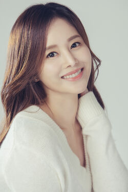 Lee Young Ah13