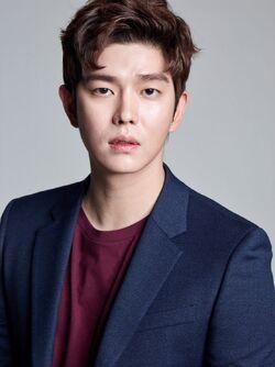Yoon Kyun Sang25