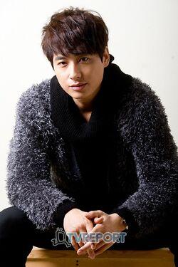 Lee Ji Hoon10