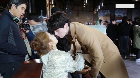 도깨비 메이킹 16화 이동욱 유인나 키스씬 및 유인나 마지막촬영 비하인드