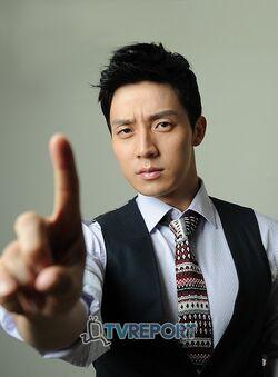 Heo Kyung Hwan10