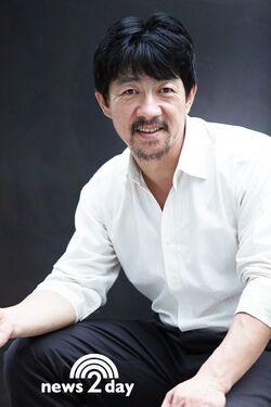 Hong Sung Duk000