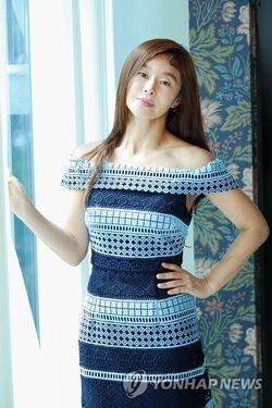 Ye Ji Won21
