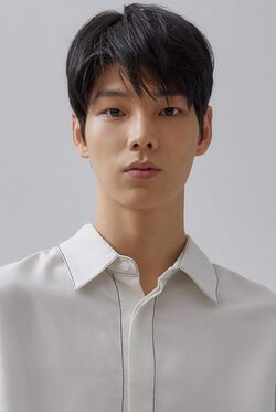 Baek Je Woo 01