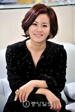 Kyun Mi Ri004