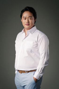 Lee Yoo Joon2